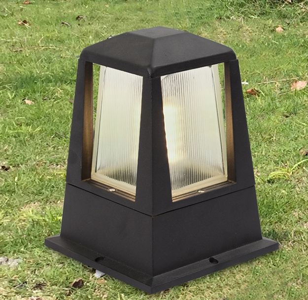 pm 09 outdoor post mounted light lumina concepts. Black Bedroom Furniture Sets. Home Design Ideas